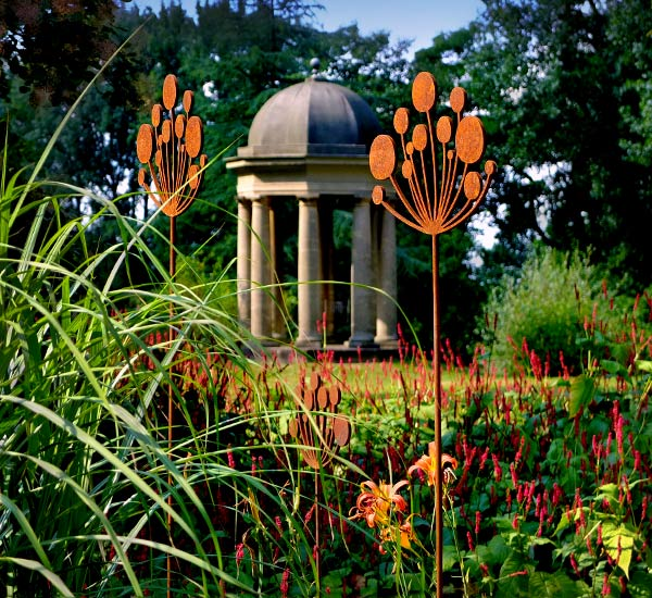 Stunning Cow Parsley garden sculptures crafted from rusted metal