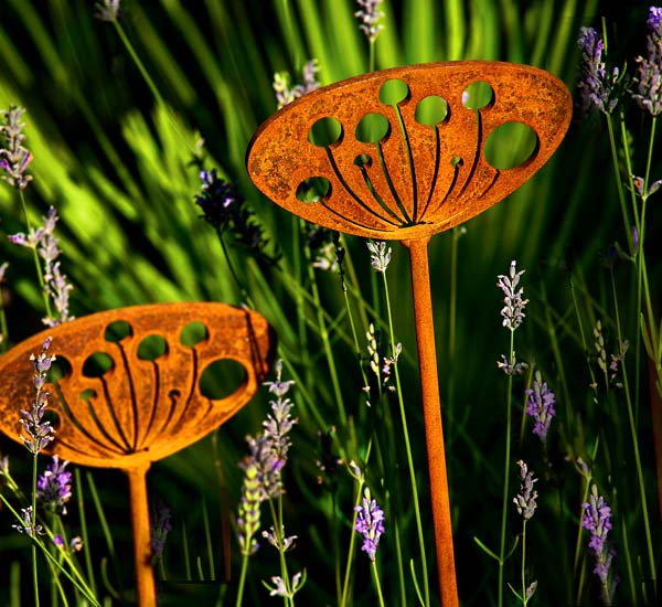 Seedhead, rusted steel / metal garden and patio sculptures