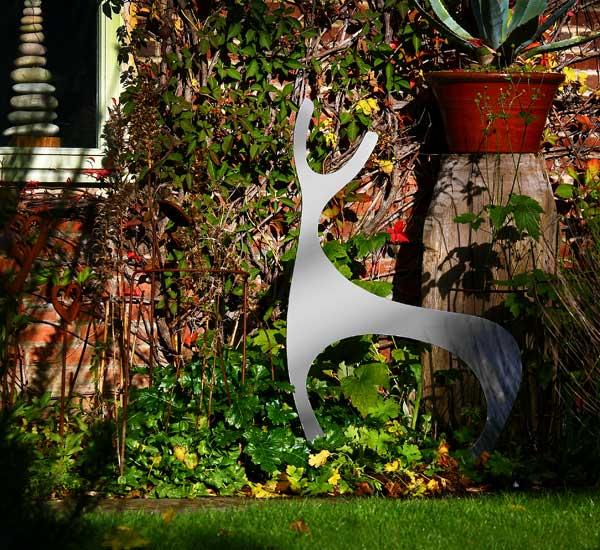 Garden Art Sculpture: Contemporary Garden Sculptures