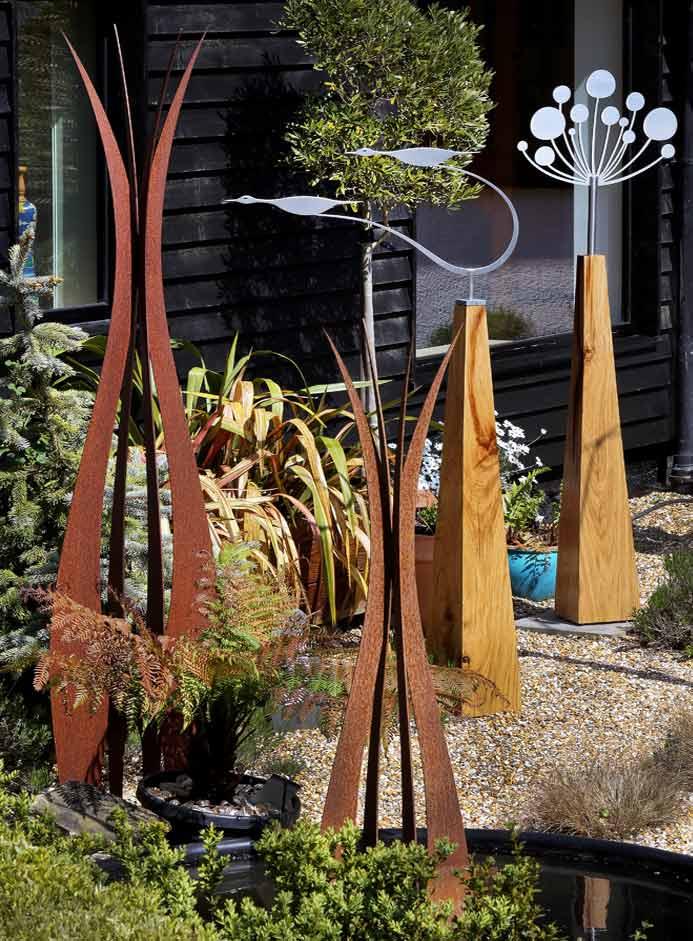 New contempoary garden art and sculpture