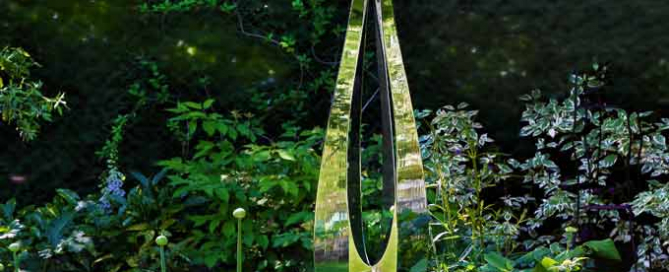 Contemporary sculptures for the garden